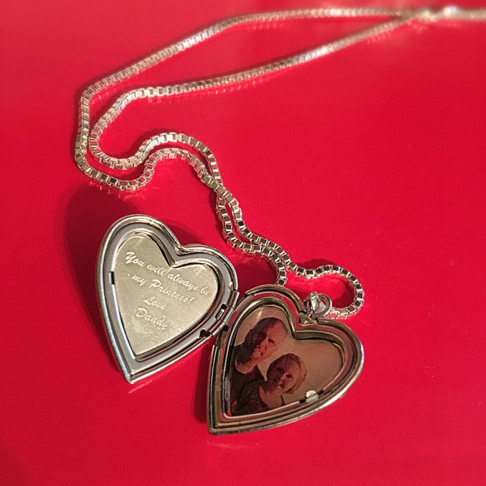 personalized-lockets